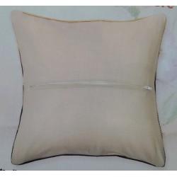 Tyynyn taustakangas vetoketjulla