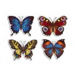 Värikkäät perhoset...