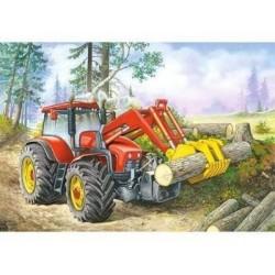 Traktori työssä...